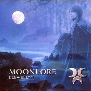 Bilde av Moonlore - Llewellyn